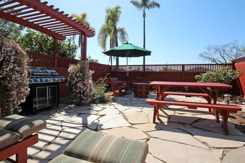 San Diego Outdoor Living Spaces: Vintage 1928 Craftsman Cottage Outdoor Living & AC