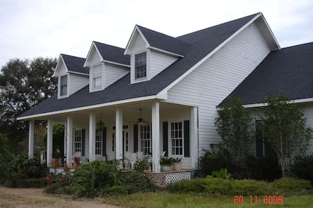 65 Acre country retreat Bayou Sara - St. Francisville - Rumah