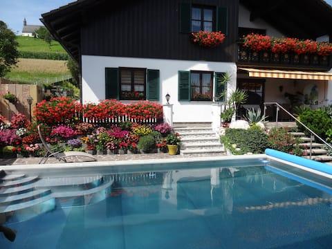 Ferienwohnung Schweitzer 100m² mit Pool naheTherme