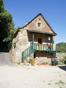 gite à la ferme  - Lassouts - Dom