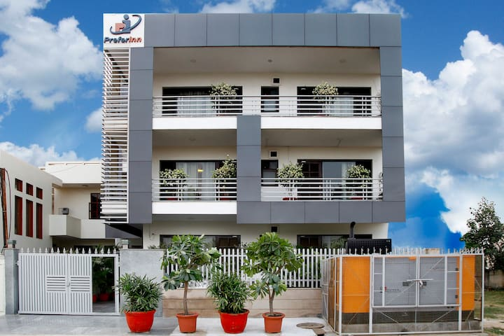 Prefer Inn - Suite Rooms - Gurgaon - Dům