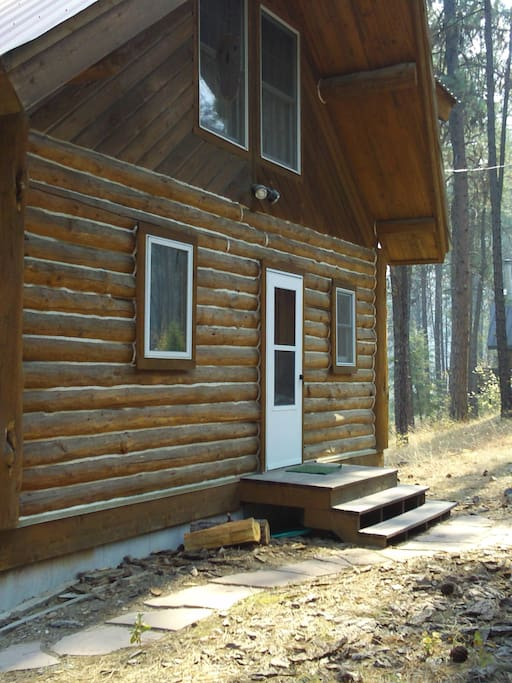 Entry to cabin from detached garage