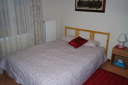 NE France,Double room, family home  - Écurey-en-Verdunois - 独立屋