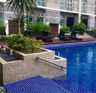 Luxurius&Chic Living in Manila - Quezon City