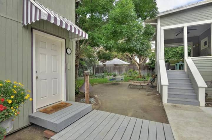 Quaint Cottage in Willow Glen