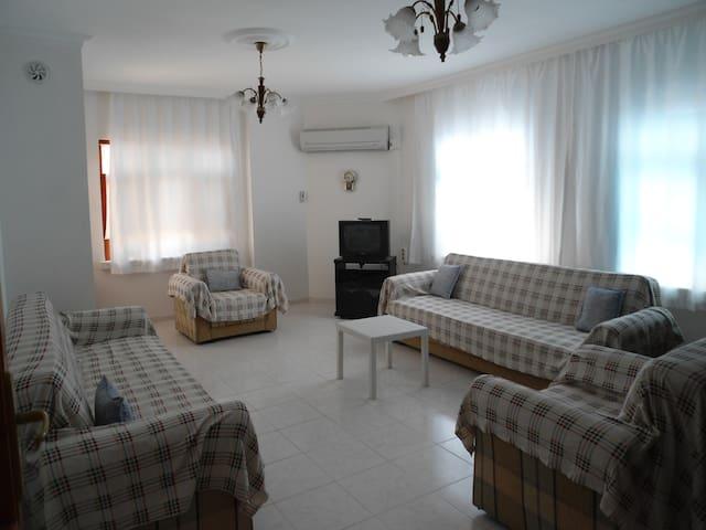 Susanoğlunda Günlük Lüx Kiralık 2+1 - Icel - Apartamento