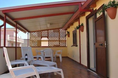 """Holiday home """"Sun"""" in Pozzallo - Pozzallo - Huoneisto"""