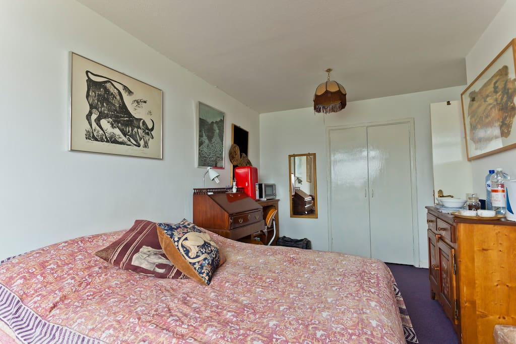 Lovely room in chiswick river view chambres d 39 h tes for Chambre d hote londres