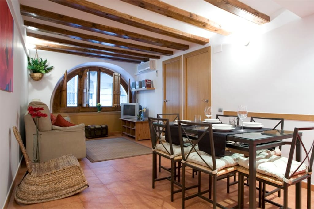 Las Ramblas ORCHID Family Apartment - Apartments for Rent ...