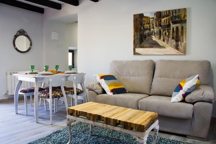 Descubre Ávila desde un lugar único y acogedor. 2