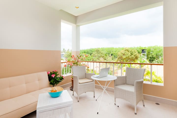 NEW DELUXE PENTHOUSE STUDIO 72 SQM EXCELLENT VIEW! - Mueang Phuket - Leilighet