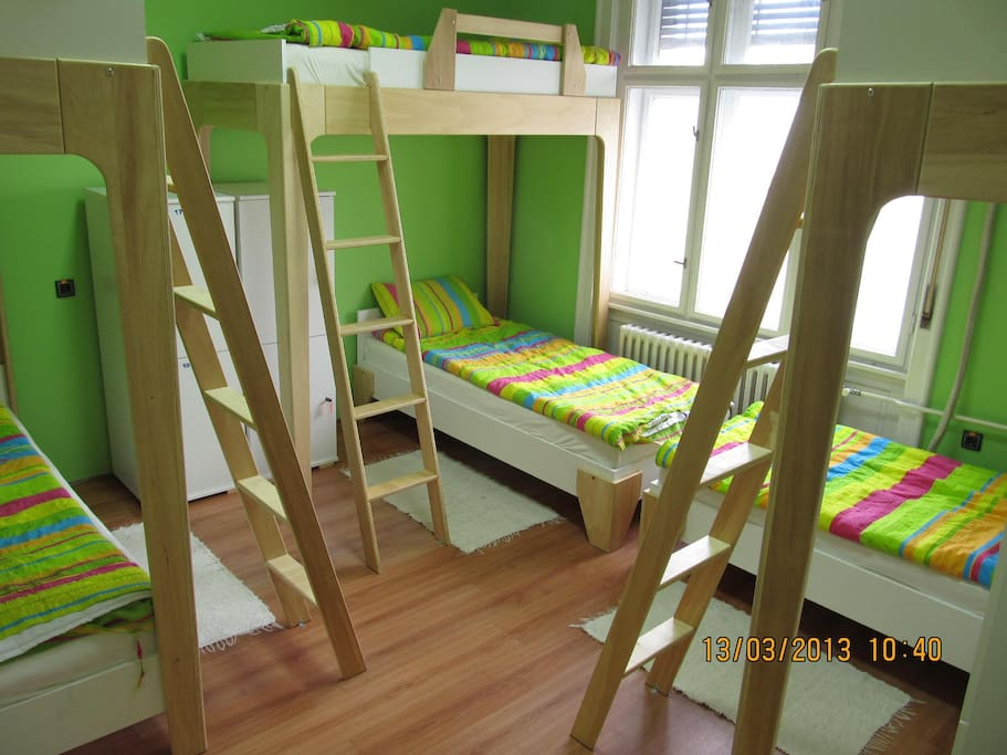 Dormitory room with 6 beds