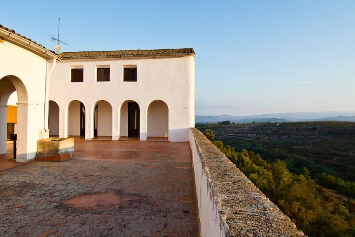 Finca Mas d'Alerany- Pool und Terrase - 8-16 pax - Tivissa - Ev