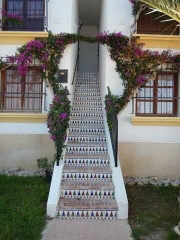 One Happy Place; Villamartin Alicante Costa Blanca