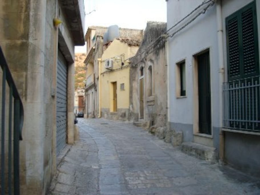 La Casetta is located in a medieval street