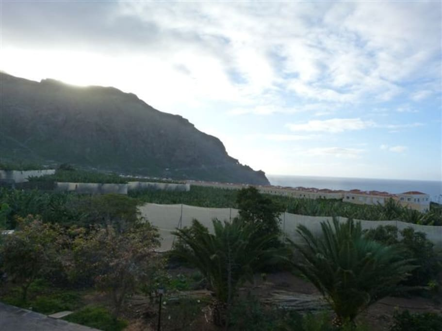 montain and sea views