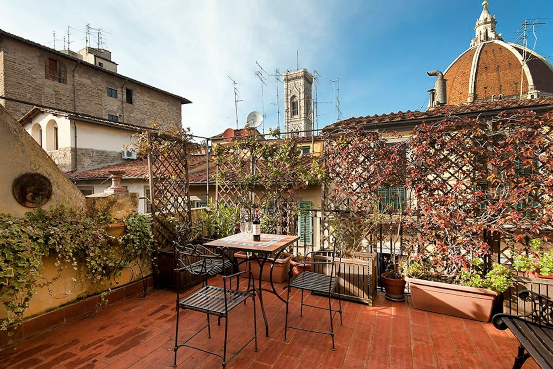 vista della terrazza - view of the terrace