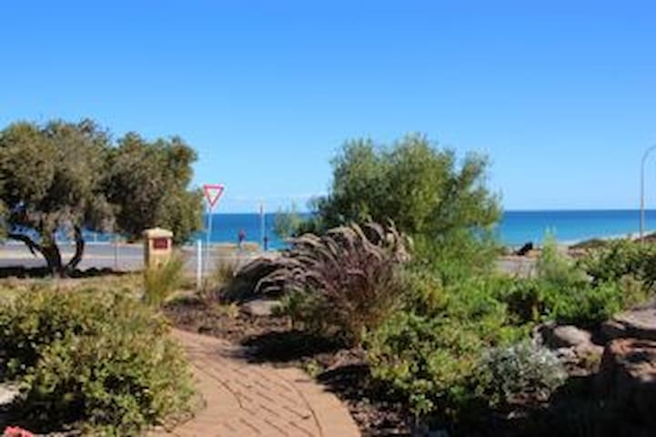 Beachside self-contained apartment - Maslin Beach - Apartamento