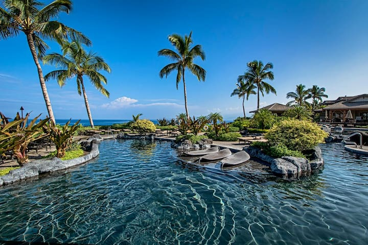 Newer Luxury Townhouse - Exceptional Value - Waikoloa Village - Rivitalo