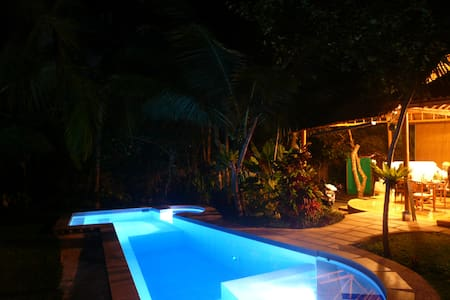 Ubud House, private garden and pool - 乌布德 - 独立屋