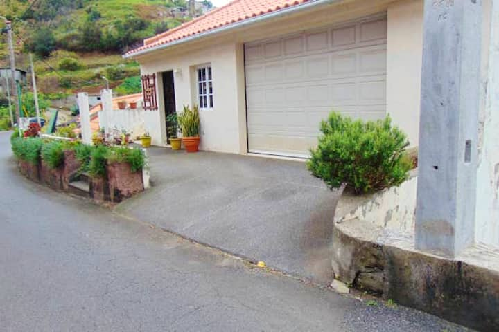 House with 2 bedrooms in Machico, with WiFi - 4 km from the beach