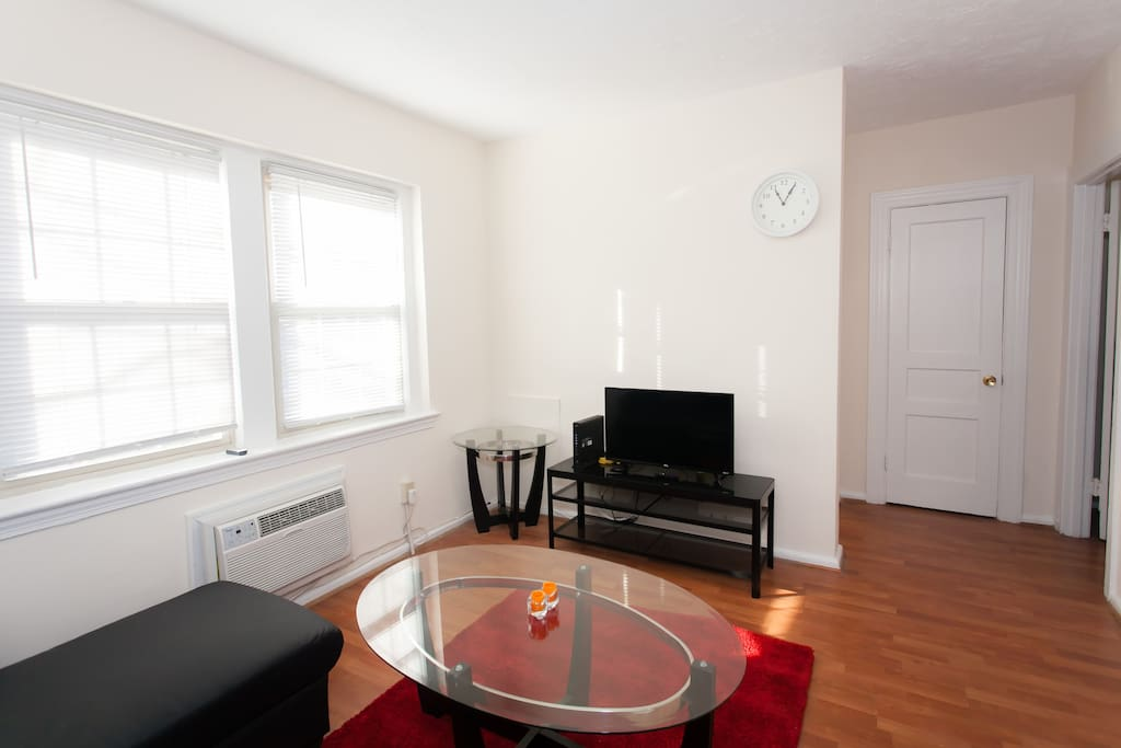 One Bedroom Apartment In Adams Morgan Dc Apartments For