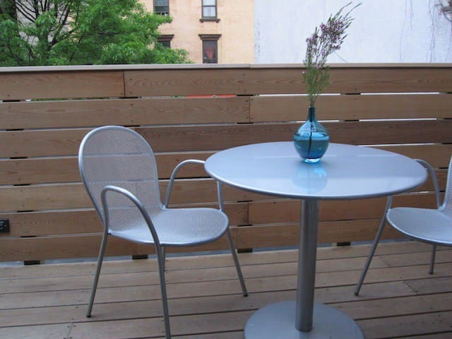 5-Star Roof-Top Room--Williamsburg - Brooklyn - Dom