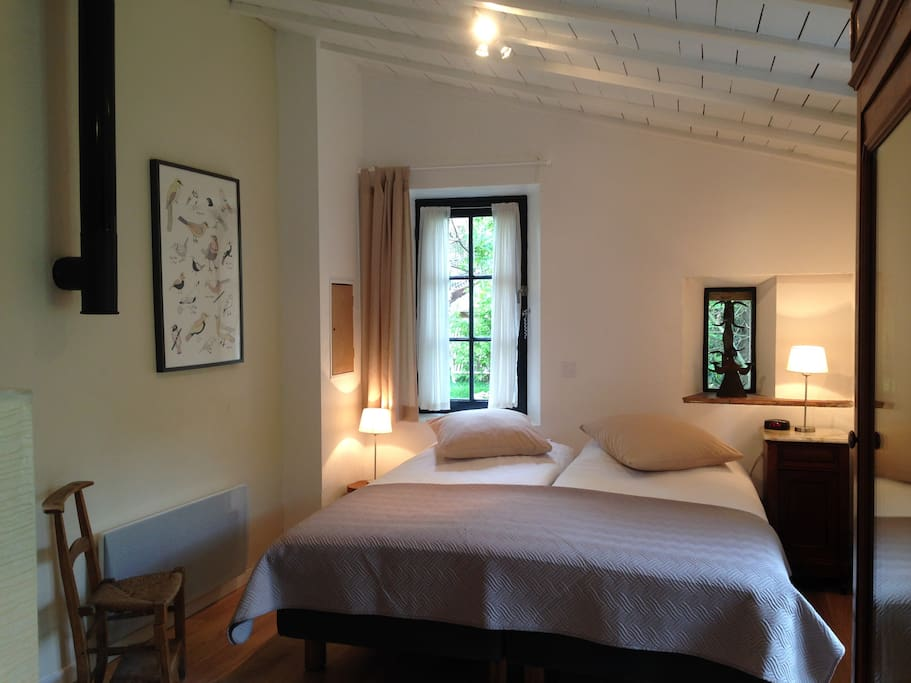 Luxury beds (both 90x200)