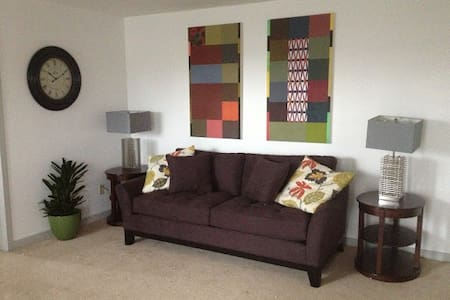 1 BR Condo in Ideal Location - Wilmington - Pis