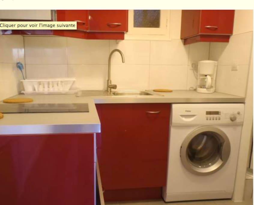 t1 proche tgv et autoroutes priv e apartments for rent. Black Bedroom Furniture Sets. Home Design Ideas