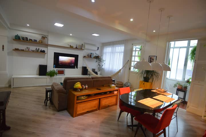 Spacious two bedrooms apartment - Olimpic Games