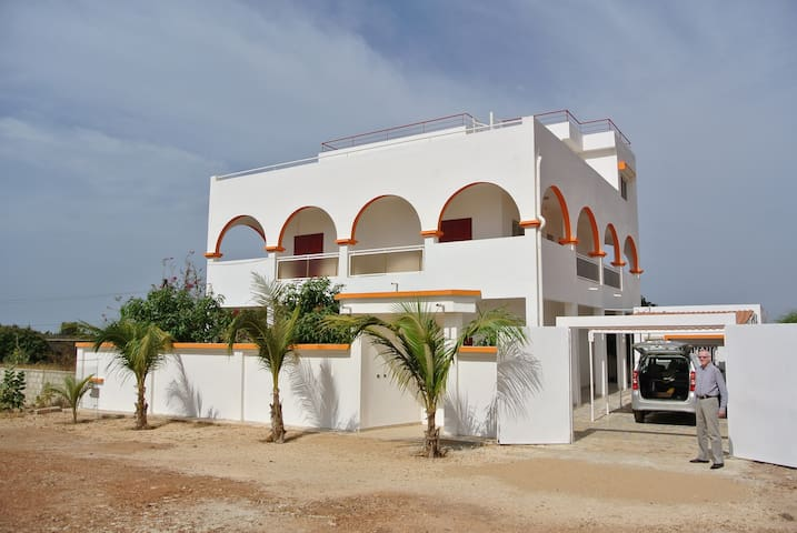 Large furnished villa overlooking the Atlantic - Popenguine - Vila