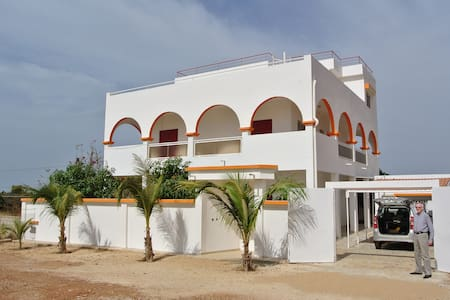 Large furnished villa overlooking the Atlantic - Popenguine - Villa