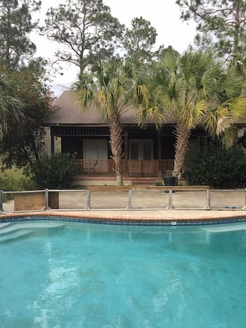 Simkins' Pool House and More - Moultrie