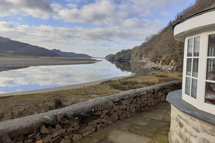 Hen Fwythyn Y Borth - Old Borth Cottages