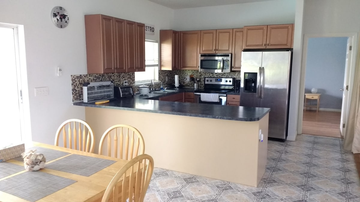 Cape Coral 2018 (with Photos): Top 20 Cape Coral Vacation Rentals, Vacation  Homes U0026 Condo Rentals   Airbnb Cape Coral, Florida, United States