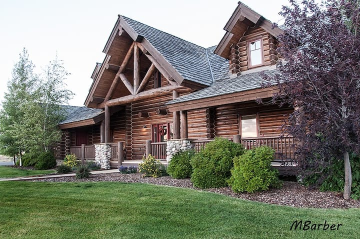 Custom Log Home w/ Views of Teton Mnts, Driggs, ID