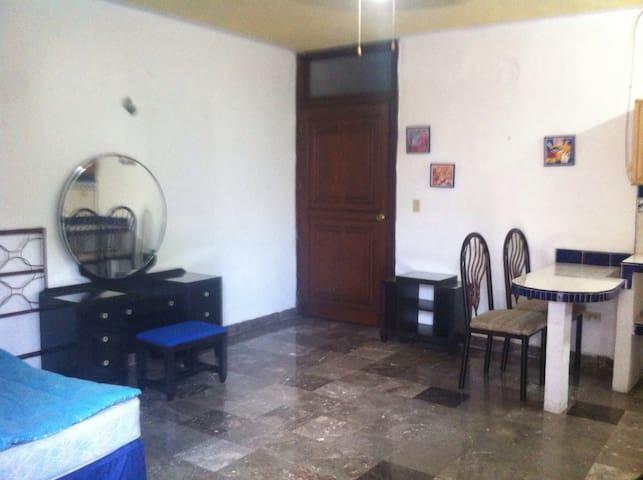 Ubicación comodidad y seguridad - Mérida - Appartement
