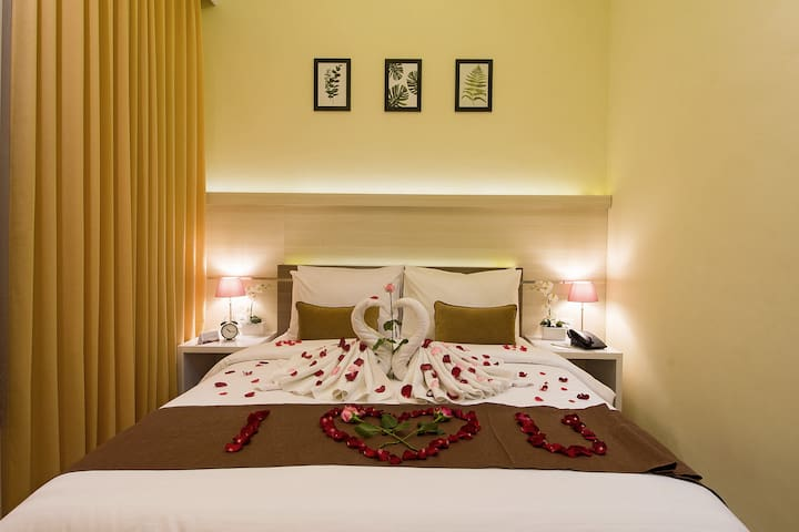 Budget Hotel Room with Elegant Style