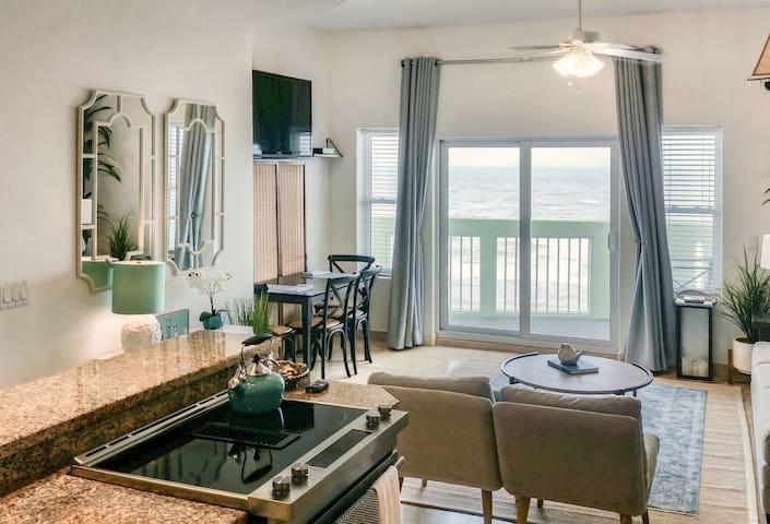 Luxury Waterfront Condo Galveston, TX-Ocean Grove