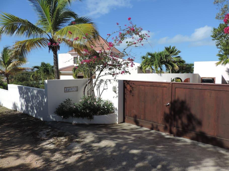 Welcome to Jasmine Villa Anguilla