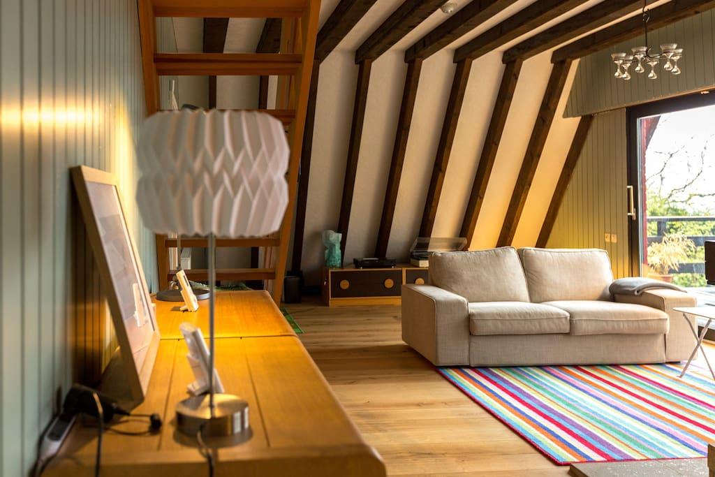 Großes gemütliches Wohnzimmer