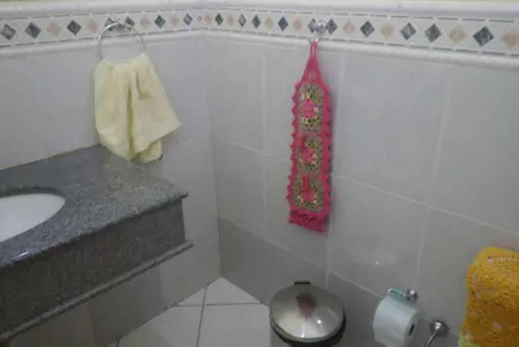 Lavabo faz parte do quarto