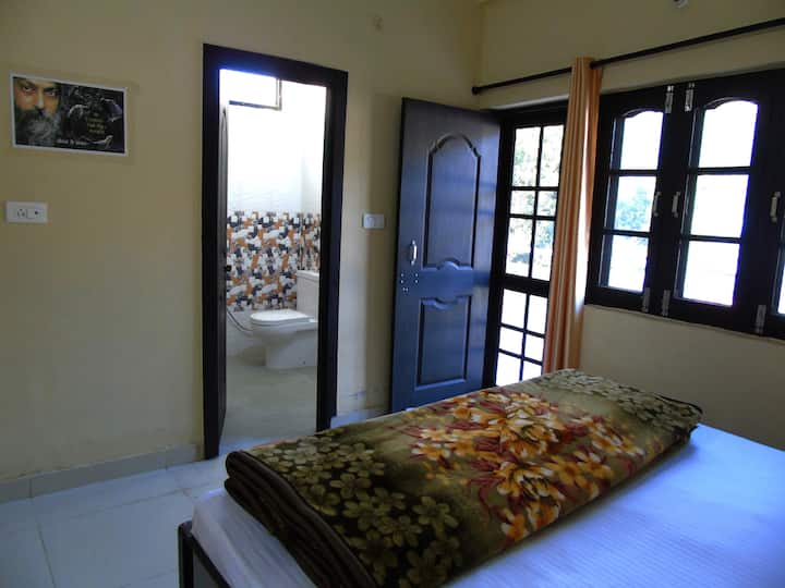 Osho Vision Rishikesh - Non A/c Private Room