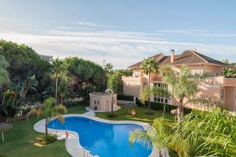 Marbella,Jacuzzi privado,200 mts de la mejor playa