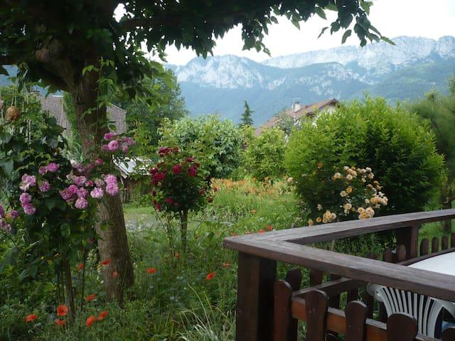 Maison à la campagne à 2kms du lac d'Annecy
