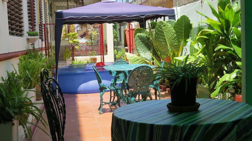 VillaBabi where everyone returns - La Habana - Kollégium