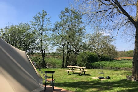 Secluded Riverside Glamping - The Poplar Patch
