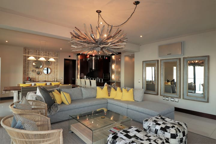 Hermanus Waterfront Luxury Suite