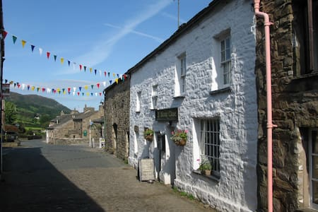 Stone Close Cottage, Dent - Yorkshire Dales - Dent